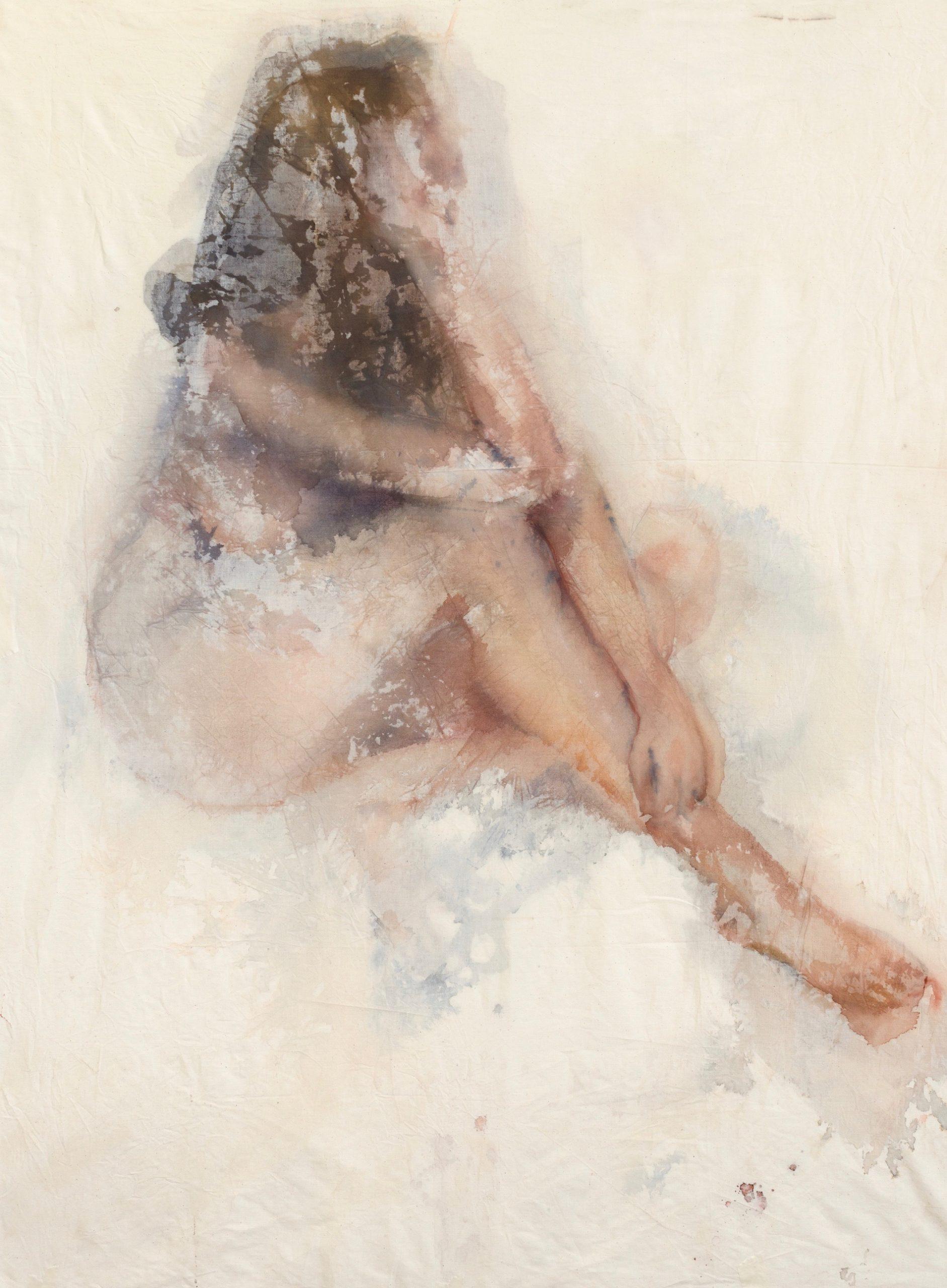 une femme nue pensive