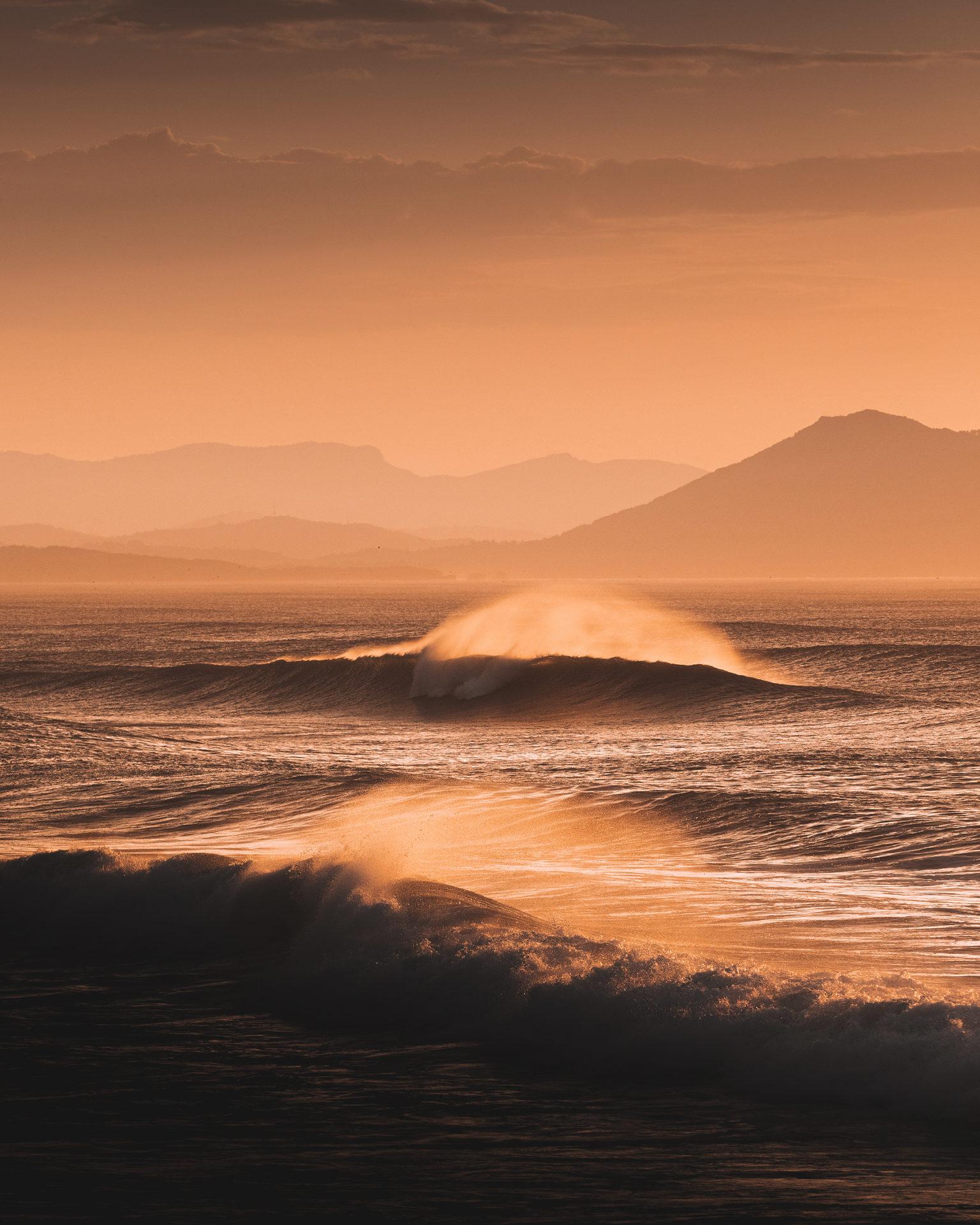 vague au coucher de soleil